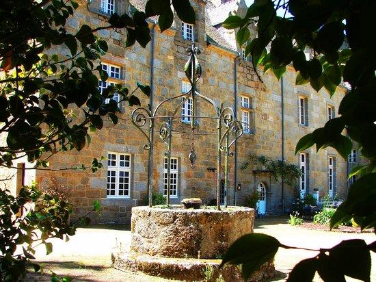 Chateau de Kergouanton