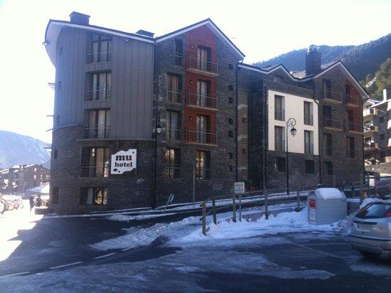 Hotel Mu: .