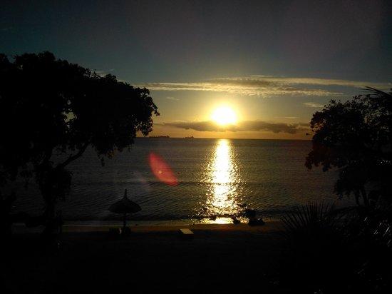 Angsana Balaclava Mauritius: Amazing sunset view from our room