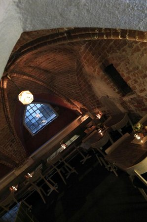 Mayfair Hotel Tunneln: Breakfast in the Cellar