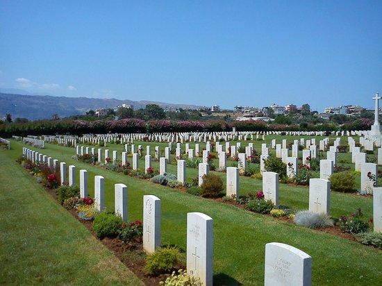 Souda Bay War Cemetery: Souda bay WW2 cemetery.