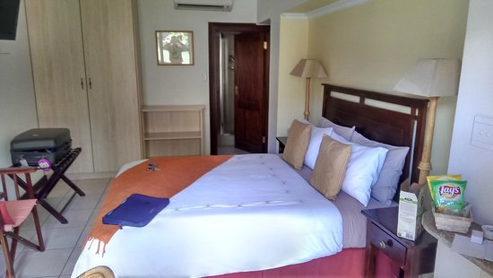 Claires of Sandton: Room