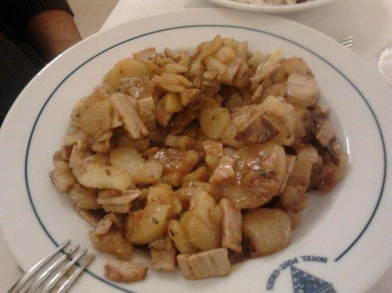 Post Gries: pollo patate e pancetta