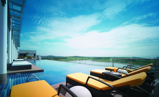 Swimming Pool Picture Of Hotel Jen Puteri Harbour Johor Johor Bahru Tripadvisor