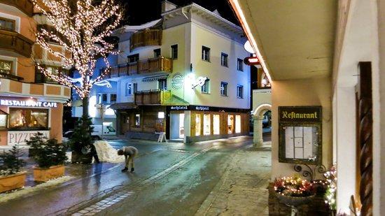 Hotel Goldener Adler: streetview