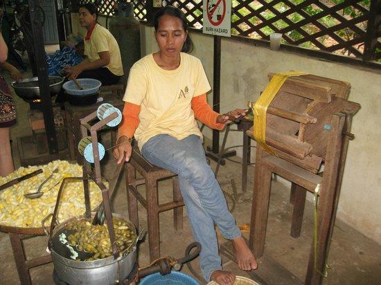 Angkor Silk Farm : Pulling Silk from Cocoons
