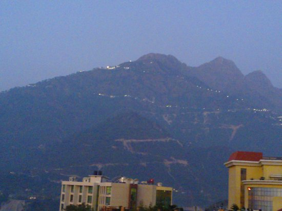 The White Hotels: trikuta parvat , vaishnodevi