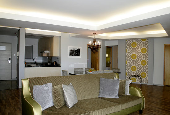 Genesis All-Suite Hotel: Luxury Executive Suite Living Area