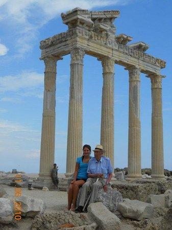Temple of Apollo: The days of freely walking around the Apollo