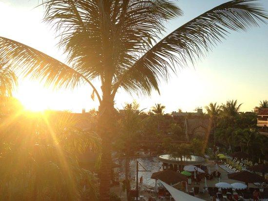 Phuket Orchid Resort & Spa: Закат ��