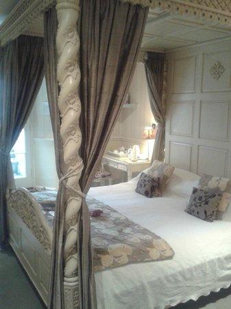 Apsley House Hotel: Beau Room