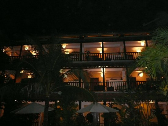 Siddharta Boutique Hotel: hotel by night