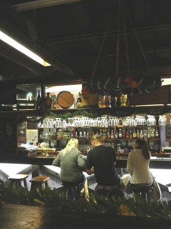 Panimoravintola Plevna : барная стойка