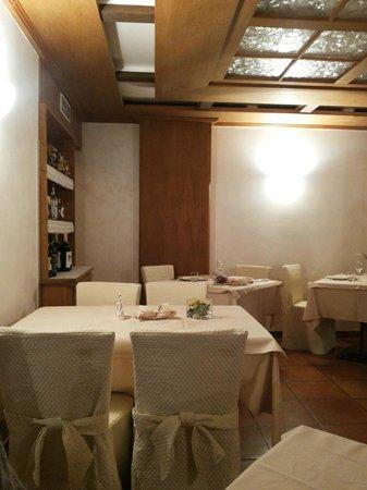 Ristorante Rezia: La sala del ristorante