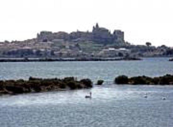Hotel Ariane: Village de Fos sur Mer