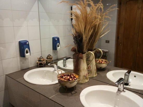 Rezia Hotel: Dettaglio del bagno (cura dei particolari)
