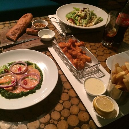 Alexander Tel-Aviv Hotel: Great snack in the rooftop resturant Celio