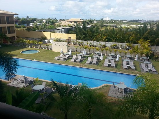 Catussaba Business : vista das piscinas a partir do apartamento