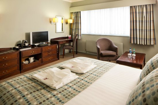 Mercure Gloucester, Bowden Hall Hotel: Privilege Room