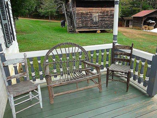 Horne Creek Living Historical Farm : front porch