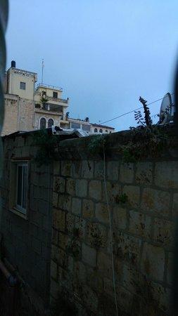 Hashimi Hotel: Вид из окна.