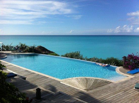 Cocobay Resort : Infinitiy Pool