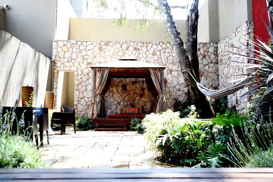 The Pyramid Day Spa: The Garden of Geb - Relaxation area