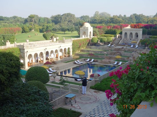 The Oberoi Amarvilas : so well matained