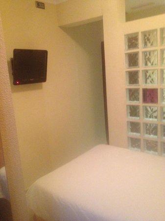Hostal Ballesta: Single Room 308