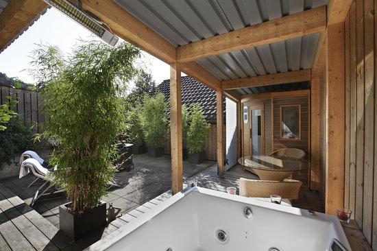Hotel Krone: Terrasse Age quod agis