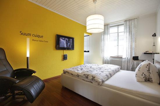 Hotel Krone: Suuum cuique  Einzelzimmer
