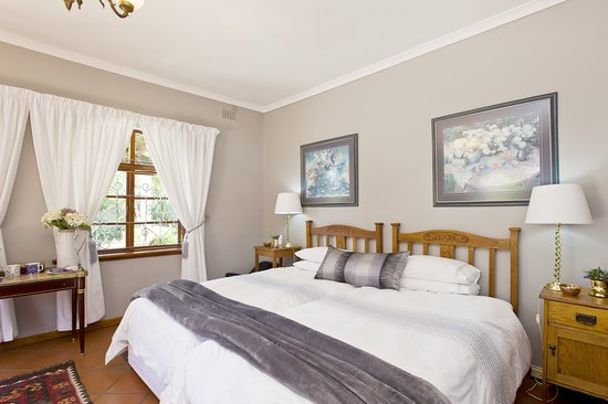 Tiana Guest House: Moonstone Room