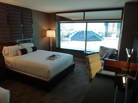 MGM Grand Hotel and Casino: Room