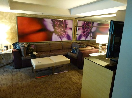MGM Grand Hotel and Casino: Living Area