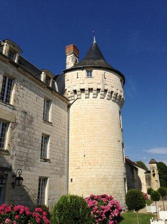 Chateau de Marcay: une aile