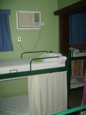 CabanaCopa Hostel: Dorm with air con
