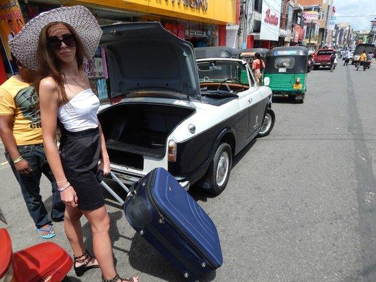 Ridee Villa: на шопинг бесплатно кабриолет от Сумита