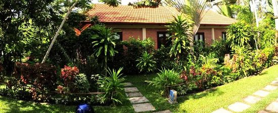 Cassia Cottage - The Spice House: Garden Cottage