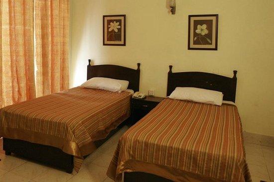 Herfa Inn Hotel: twin single