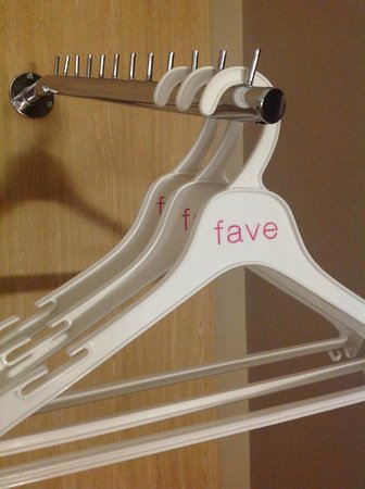 favehotel Pasar Baru: hanger