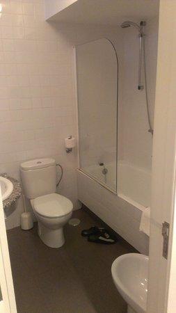 El Caserio: baño