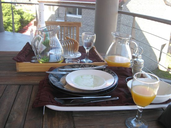The Roundhouse Guesthouse: Yummy breakfast