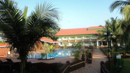 Hotel Goan Heritage: our swimming pool