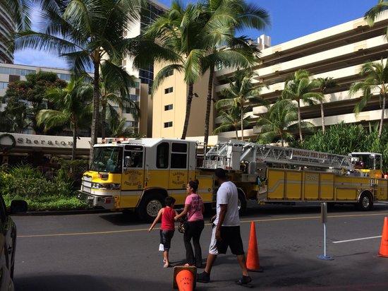 Sheraton Waikiki: ホテルのロータリー