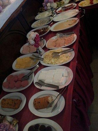 Hotel Agan: Frühstück