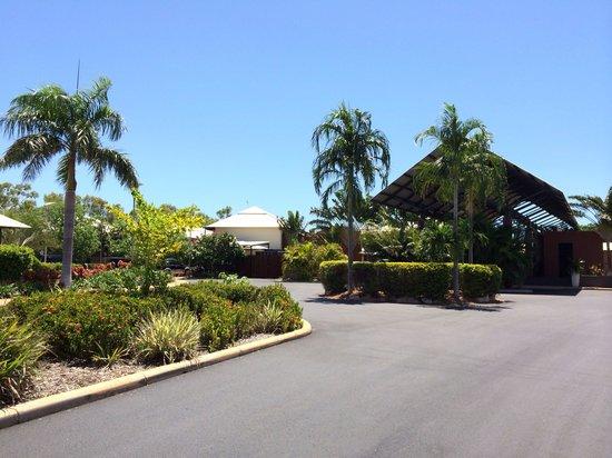 Oaks Cable Beach Sanctuary Resort: Resort Entrance