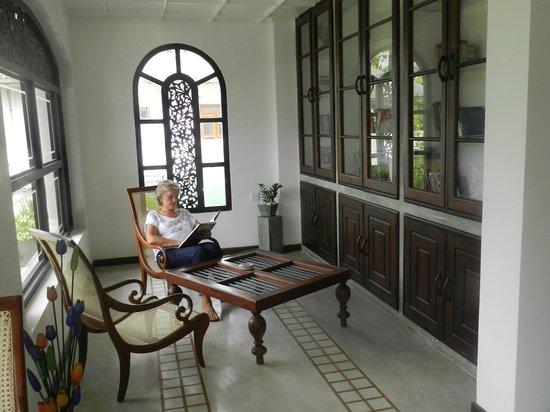 Ridee Villa: Библиотека