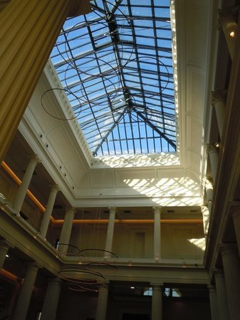 Radisson Blu Hotel, Nantes : verrière du lobby