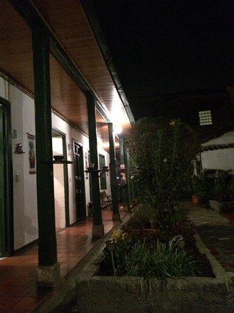 Hostal Sue Candelaria: Courtyard