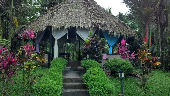 Hotel Kokoro Arenal : The out door spa